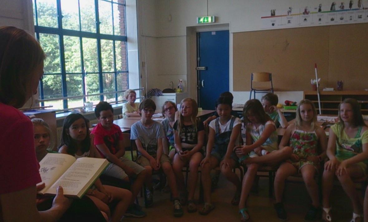 Voorlezen op de Roelof Venema School